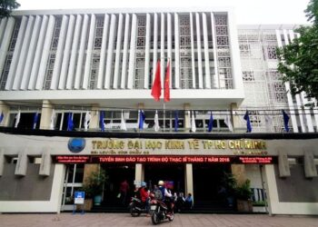 Điểm chuẩn các ngành Đại Học kinh tế Tp. Hồ Chí Minh mới nhất 2021