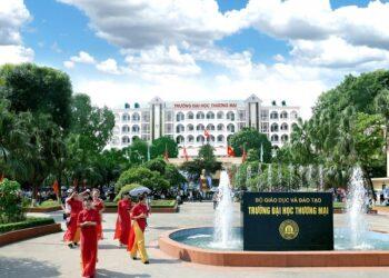 Thông tin tuyển sinh và học phí Đại học Thương mại