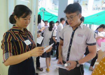 Kinh nghiệm nên biết đi thi THPT quốc gia 2021 giúp bạn vượt qua kỳ thi suôn sẻ nhất