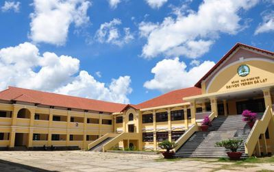 Trường đại học Yesin Đà Lạt