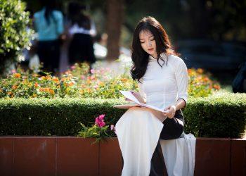 Ngôn Ngữ Học Là Gì? Các Trường Uy Tín Dạy Ngôn Ngữ Học – Reviews Chi Tiết