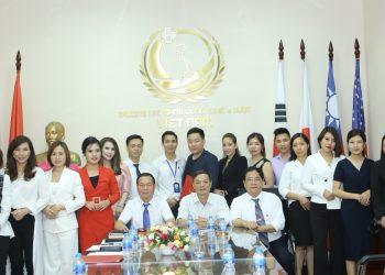 Những thông tin cần biết về Cao đẳng Công Nghệ Y dược Việt Nam