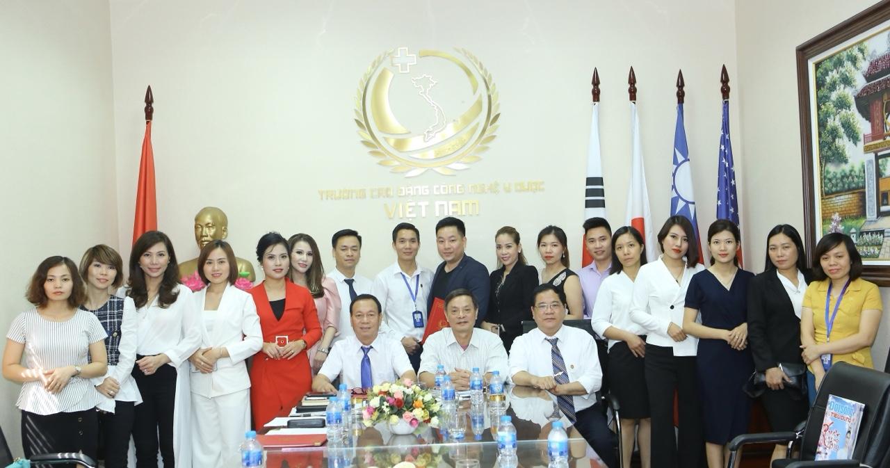Cách thức tuyển sinh vào Cao đẳng Công Nghệ Y dược Việt Nam
