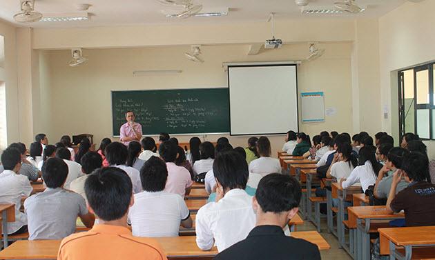 Thi khối, môn gì để xét tuyển vào trường Đại Học Công nghệ Sài Gòn
