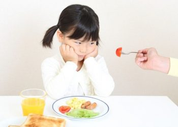Biếng ăn là gì? 3 triệu chứng biếng ăn