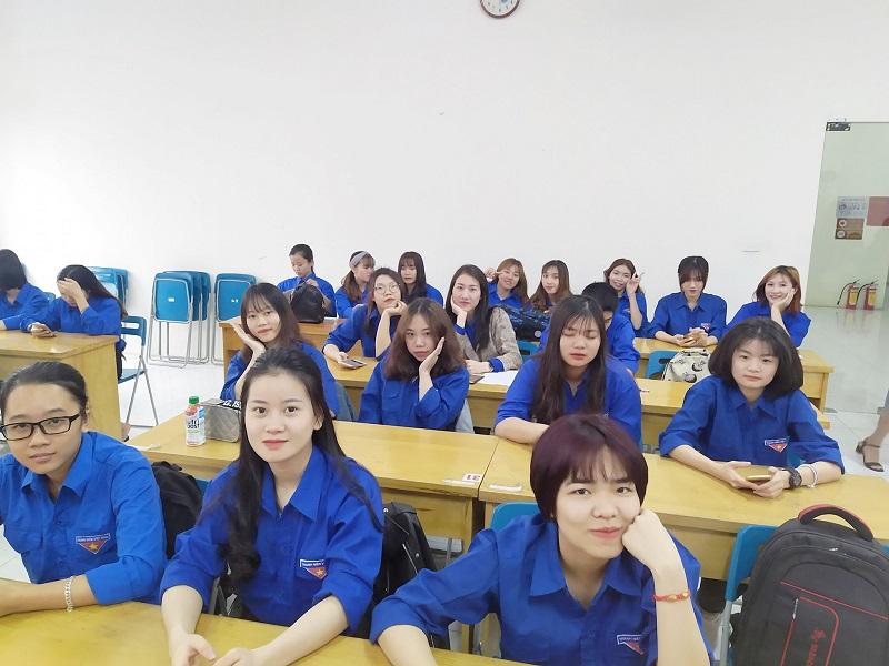 Sinh viên ngành du lịch được đào tạo nhiều môn học khác nhau