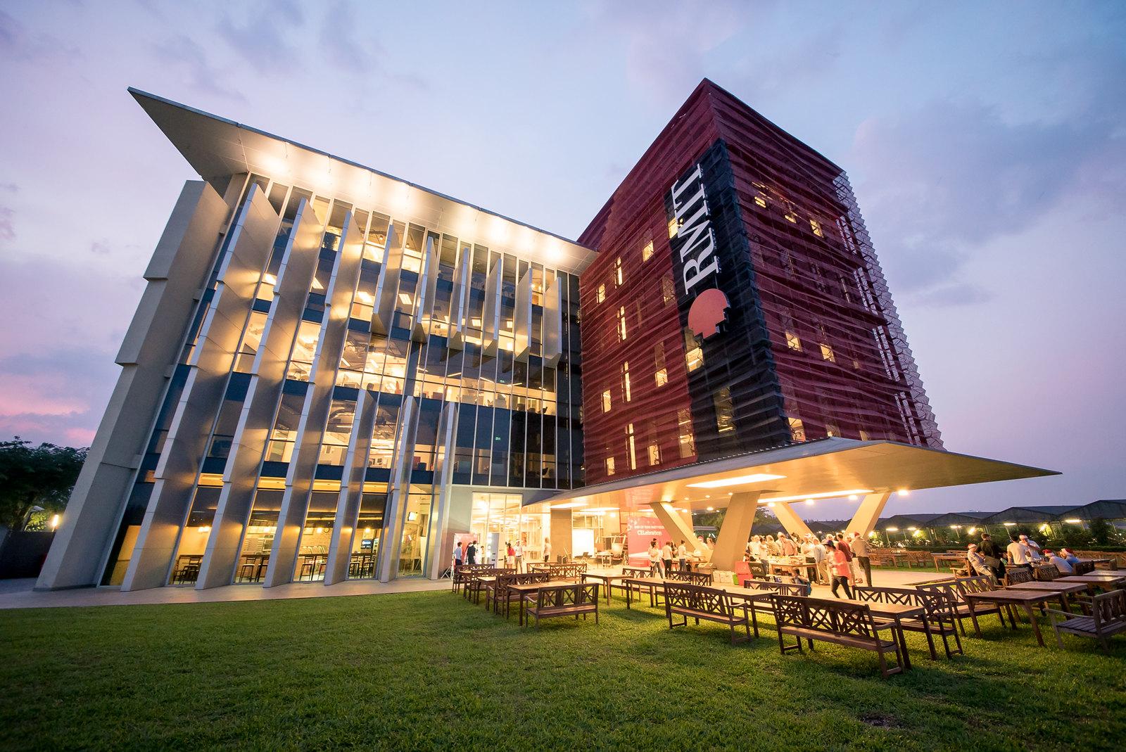 Điểm trúng tuyển các năm của trường đại học RMIT