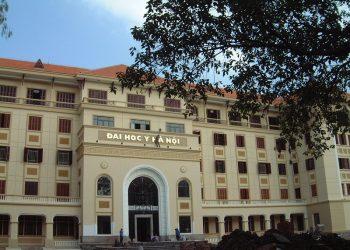 Đại học Y Hà Nội: Tuyển sinh, học phí 2021(YHB)