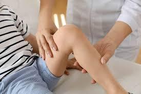 Các triệu chứng của sarcoma mô mềm ở trẻ em là gì?