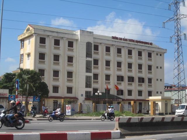 cao đẳng thương mại và du lịch Hà Nội