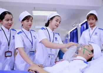 Tuyển sinh trường cao đẳng y tế Huế năm 2021