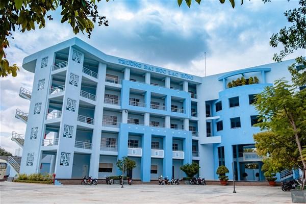 Đại học Lạc Hồng