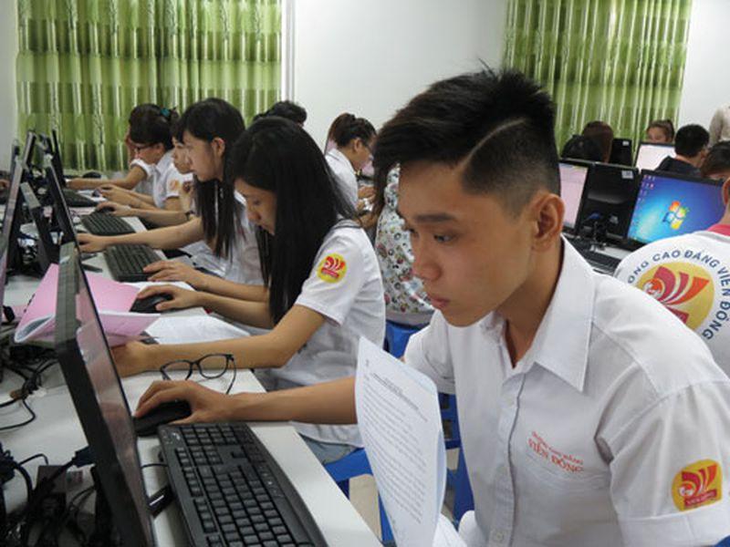 Cao đẳng Viễn Đông