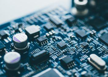 Ngành Kỹ thuật điện tử – viễn thông là gì? Top 7 trường uy tín chất lượng