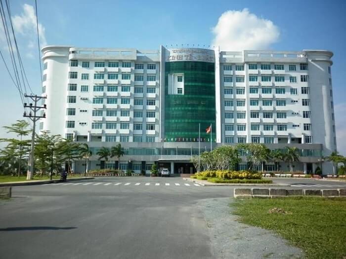 Điểm chuẩn Đại học Kinh tế - Luật (ĐH Quốc gia TP.HCM)