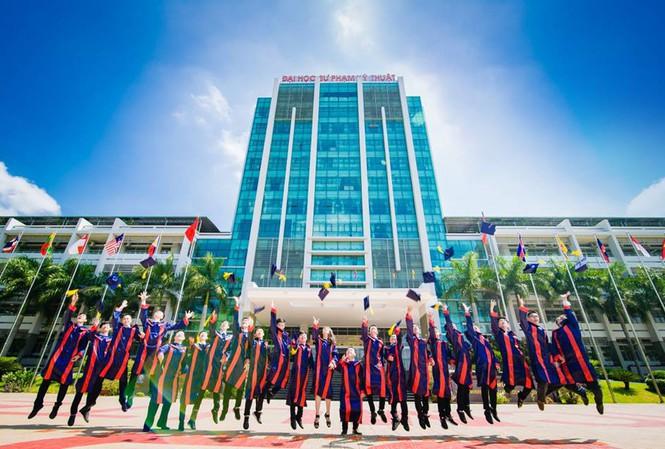 HọcphíĐại học Sư phạm Kỹ thuật TP.HCM 2021