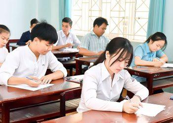 Thi THPT, xét tuyển ĐH 2021: Có chứng chỉ quốc tế, có nên đăng ký thi ngoại ngữ không?