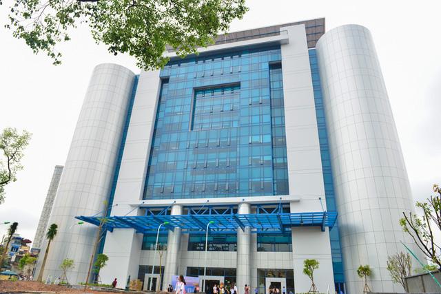 Tòa nhà Trường ĐH Kinh tế quốc dân đượckiến thiếtđộc đáo