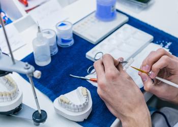 Ngành Kỹ thuật phục hình răng là gì? Top 1 trường uy tín chất lượng duy nhất