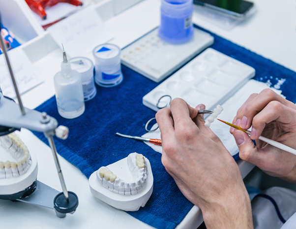 Tổng quan về ngành Kỹ thuật phục hình răng
