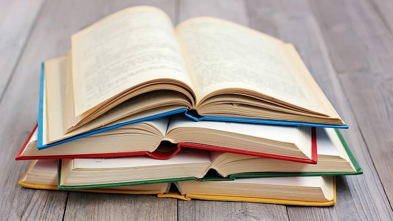 Tìm hiểu chung về ngành Sáng tác văn học