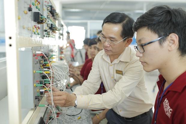 Tìm hiểu khái quát của ngành Sư phạm Kỹ thuật Công nghiệp